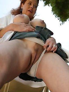 Mature Porn Photos